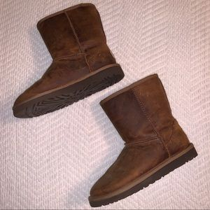 UGG short brown leather boots Kids